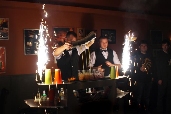 Что такое шоу барменов